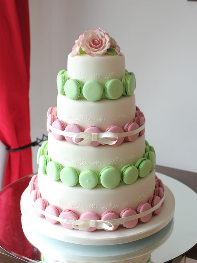 マカロンウェディングケーキ