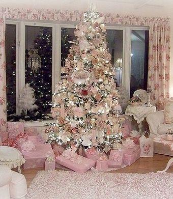 12ピンククリスマスツリー