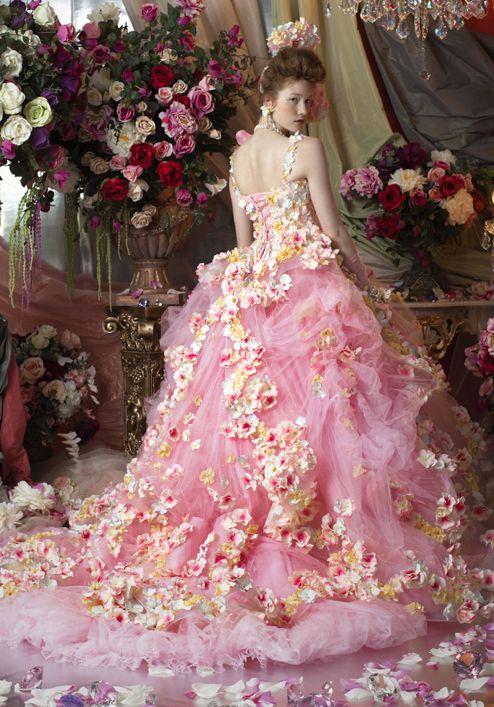7フラワーウェディングドレス