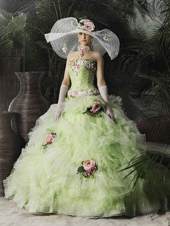 8フラワーウェディングドレス