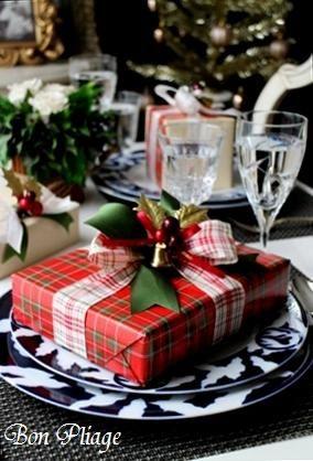 8クリスマス赤ラッピングアイデア