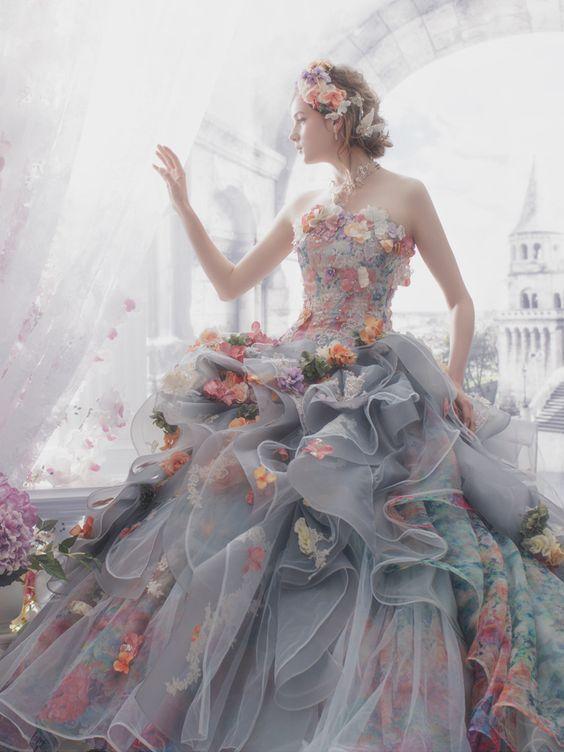 9フラワーウェディングドレス