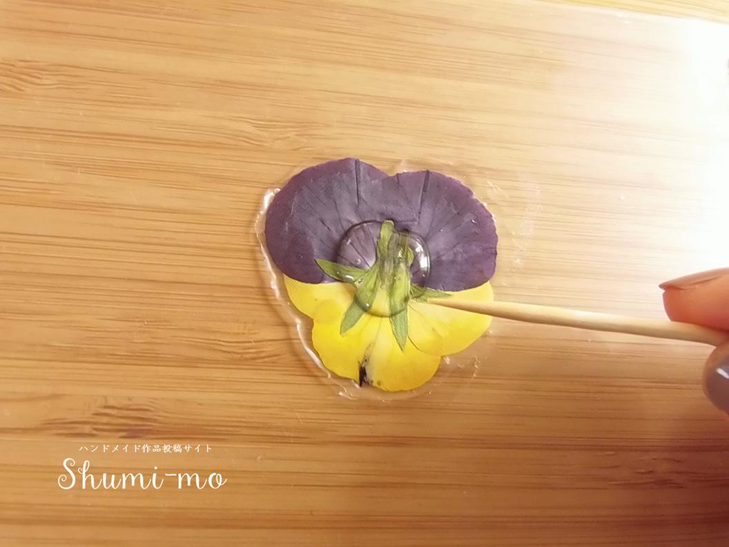 押し花レジンピアス9