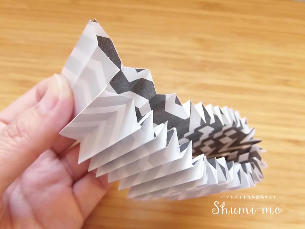 折り紙ロゼットの作り方18